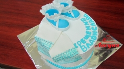 #д130(3) Торт на крещение с топиками и рушныком