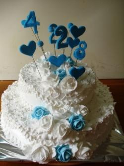 #д115(18) торт с сердечками и розами