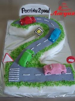 #д160(31) торт на 2 года для мальчика с машинками