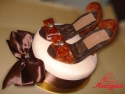 #п180(9) торт для девушки туфельки
