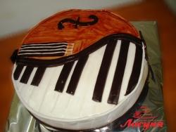 #п140(29) торт для музыканта