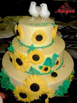 #с135 (35) Свадебный торт с подсолнухами