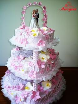#с135 (39) Свадебный торт с фигурками и аркой