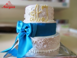 #с135 (50) Свадебный торт с голубой лентой