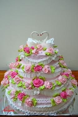 #с135 (6) Свадебный торт розовый с лебедями