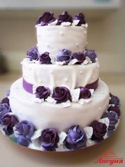#с180 (22) свадебный торт с фиолетовыми розами
