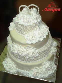 #с180 (27) свадебный торт белый с кольцами