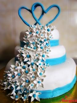#с180 (36) Свадебный торт с сердцами