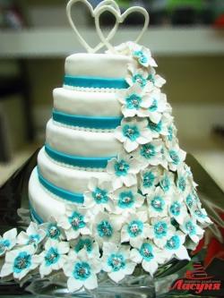 #с180 (39) Свадебный торт с сердцами