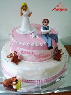 #с180 (47) Свадебный торт с прикольными фигурками