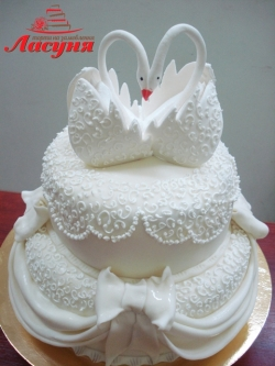 #с200 (27) свадебный торт слебедями