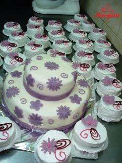 #c160 (32) Свадебный торт и пирожные