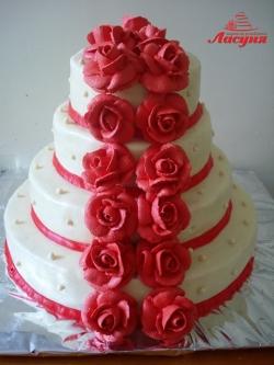 #c160 (35) Свадебный торт с красными розами