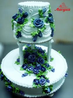 #c160 (36) Свадебный торт с синими цветами