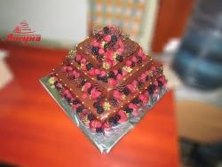 #c160 (37) Шоколадный свадебный торт с фруктами