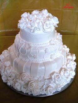 #c160 (4) Свадебный торт белый с розами