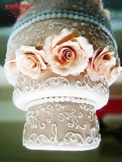 #c220 (17) свадебный торт бежевый с розами