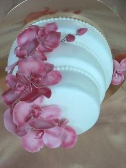 #c220 (22) свадебный торт белый с орхидеями
