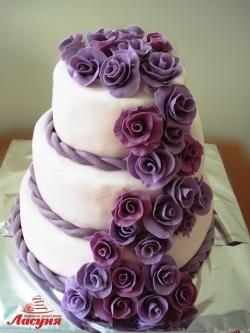 #c250 (4) свадебный торт с фиолетовыми розами