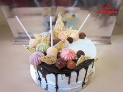 #п180(44) праздничный тортик с конфетами