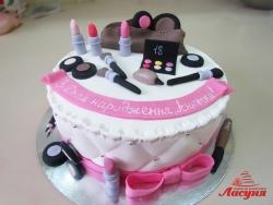 #п250(27) торт косметичка девушке на 18 лет